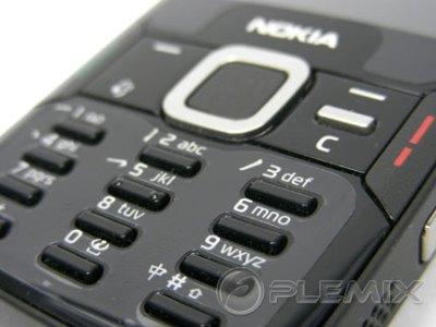 N82 Black