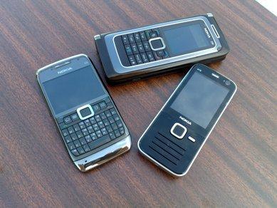 E71 QWERTY v. E90 QWERTY v. T9