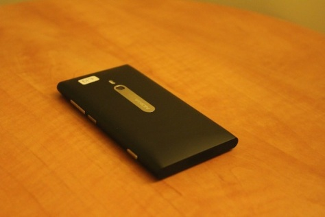 The In-Depth Nokia Lumia 800 Review